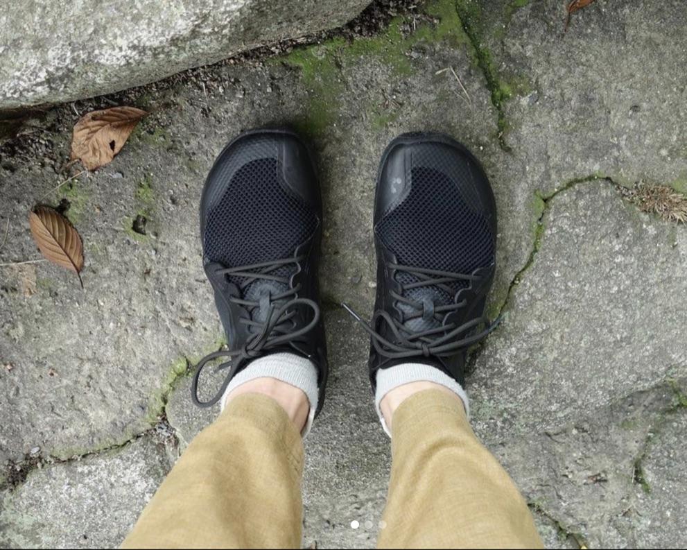 足裏からはたくさんの情報が入ってきます。 健康的な姿勢を実現するための、「刺激」という情報なんです。